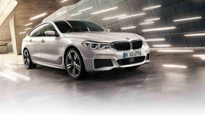 BMW 6-Series-Gran-Turismo 2020 Exterior 001
