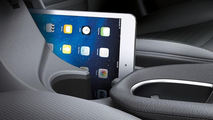 Hyundai Ioniq 2020 Interior 005