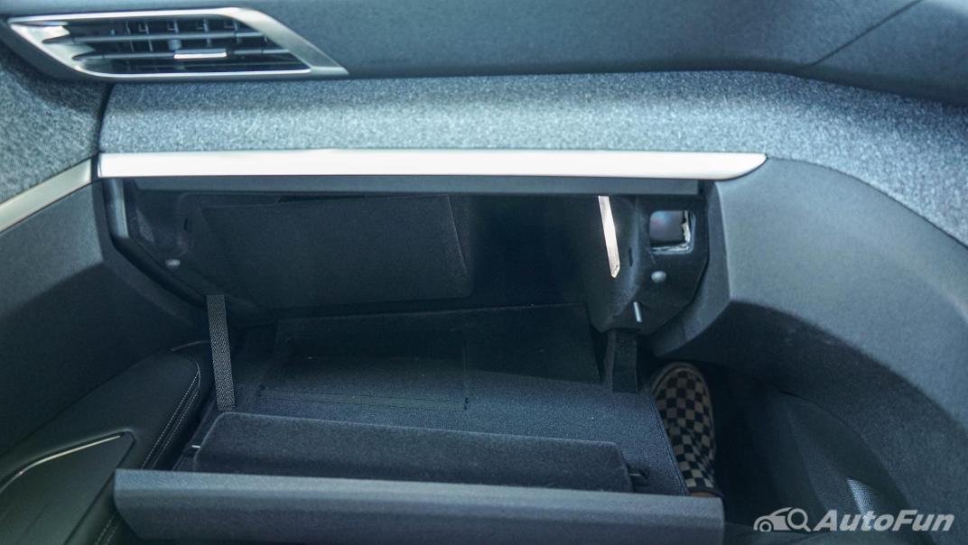 2020 Peugeot 5008 1.6 Allure Interior 053