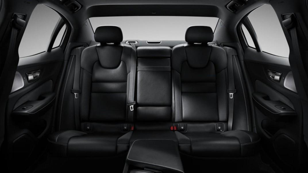 Volvo S60 Public 2020 Interior 009