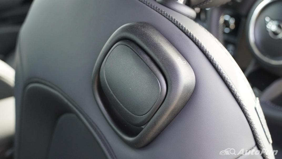 2021 MNI 3-Door Hatch Cooper S Interior 052