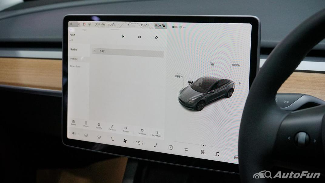 2021 Tesla Model 3 Performance Interior 006