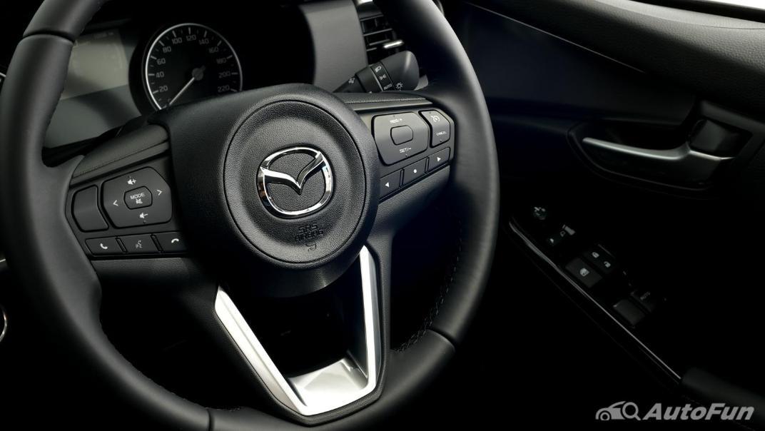 Mazda BT-50 Pro 2021 Interior 032