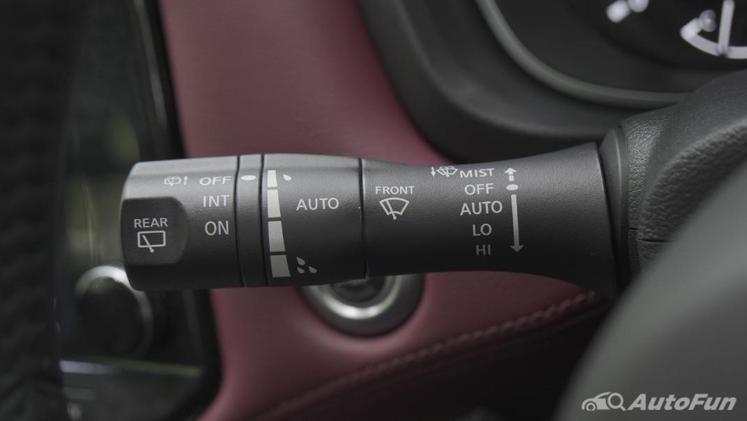 2021 Nissan Terra 2.3 VL 4WD Interior 006
