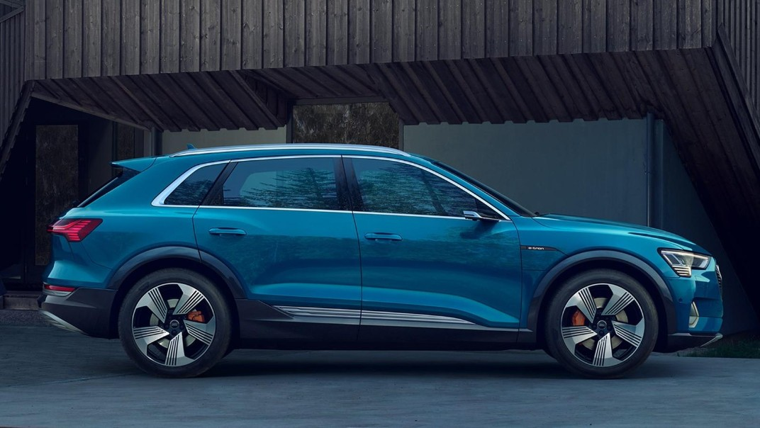 Audi E Tron 2020 Exterior 004