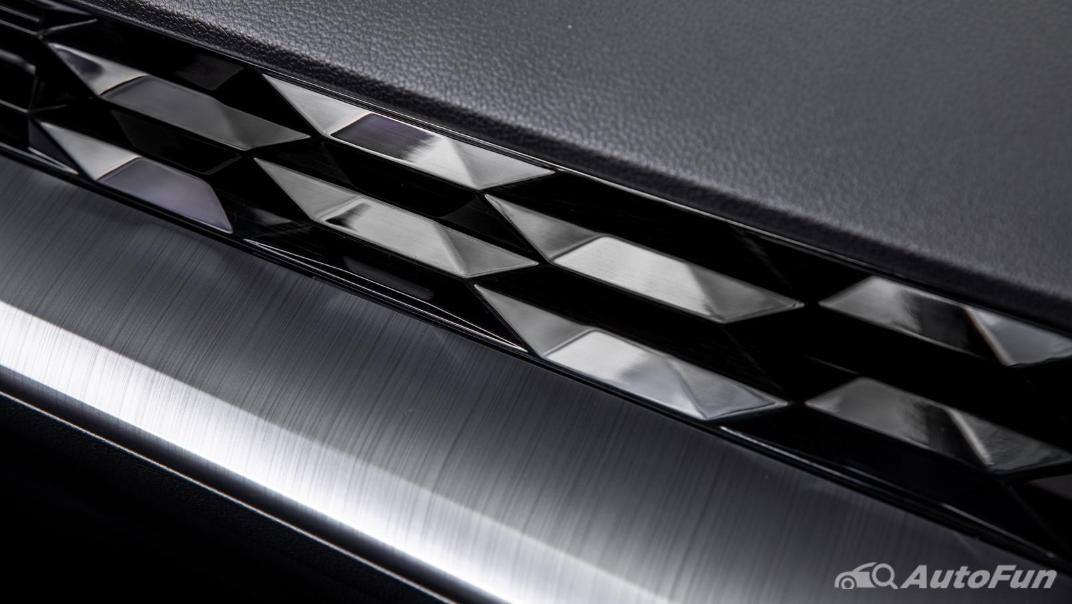 2021 MG 5 Upcoming Version Interior 042