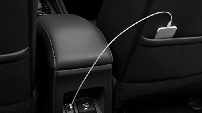 Mitsubishi Pajero Sport 2020 Interior 002