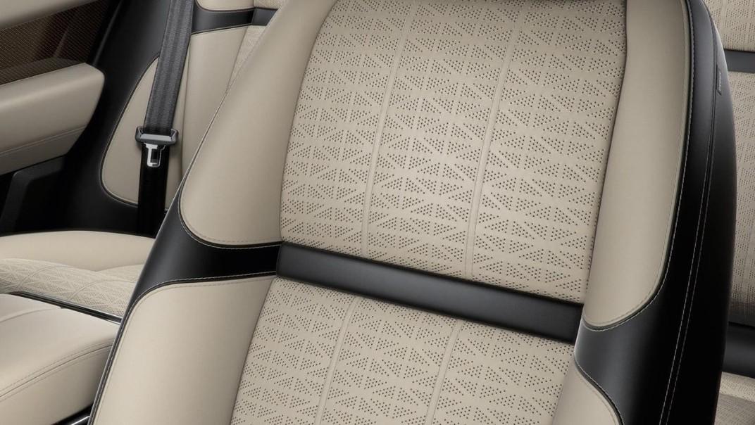 Land Rover Range Rover Velar 2020 Interior 014