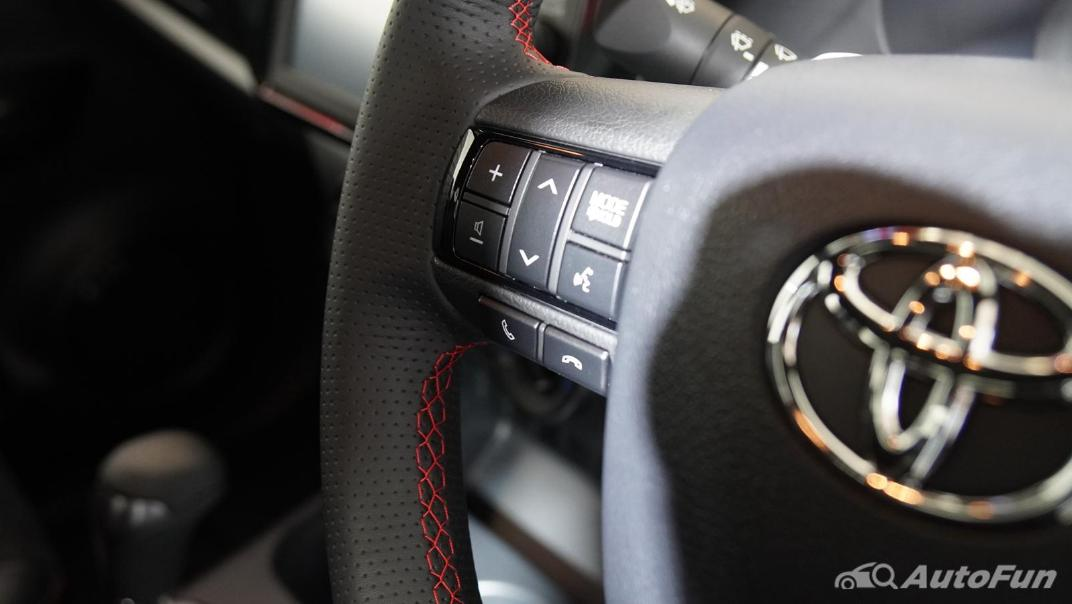 2021 Toyota Hilux Revo Double Cab 4x2 2.8 GR Sport AT Interior 004