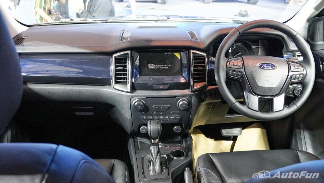 2021 Ford Everest Titanium+ Interior 002