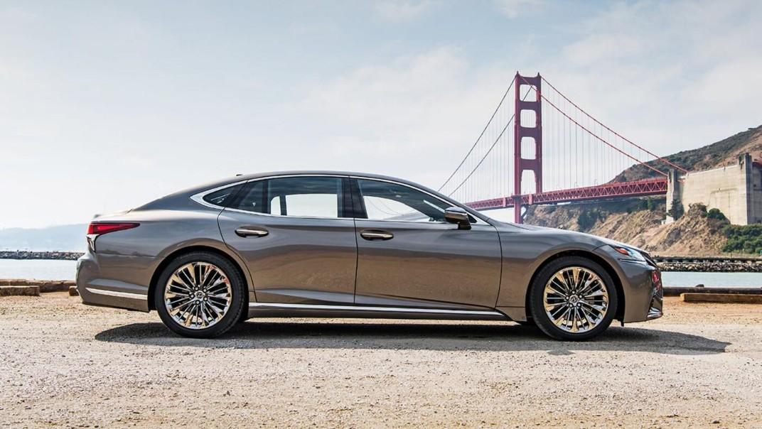 Lexus LS 2020 Exterior 018
