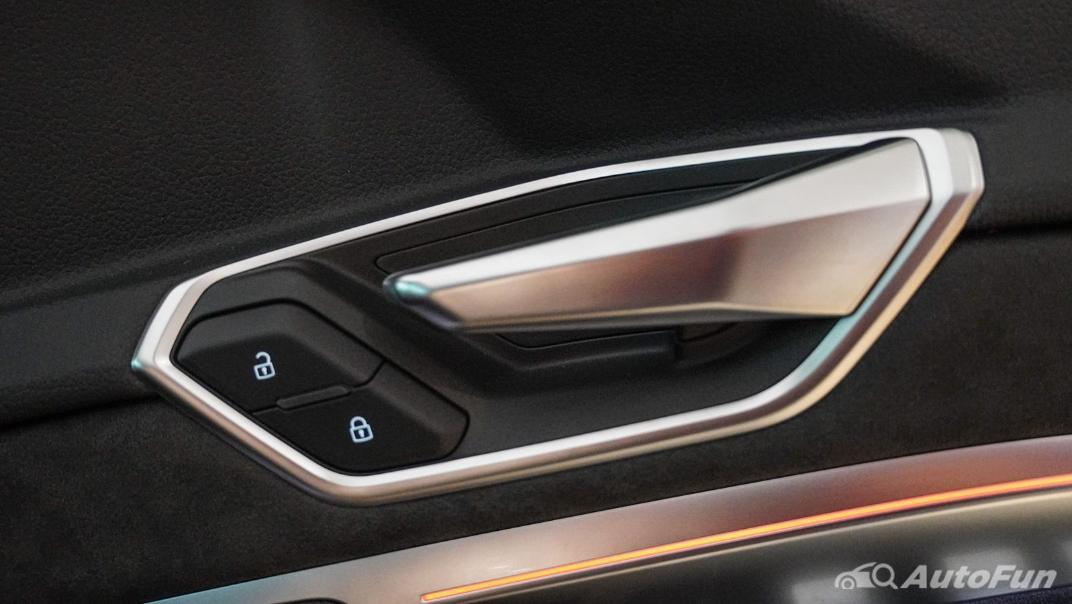 2020 Audi E Tron Sportback 55 quattro S line Interior 050