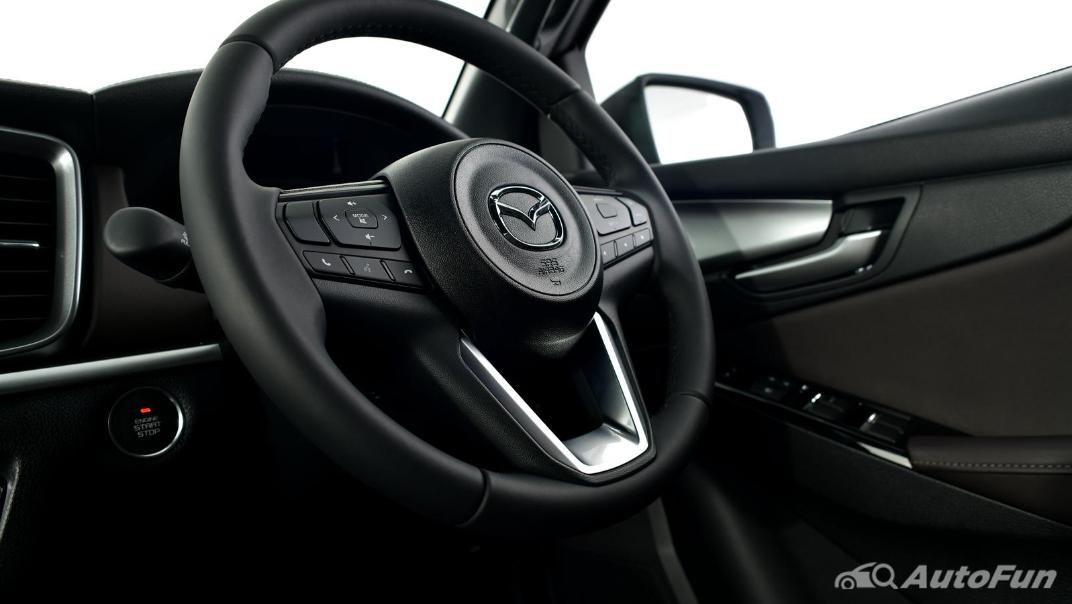 Mazda BT-50 Pro 2021 Interior 067