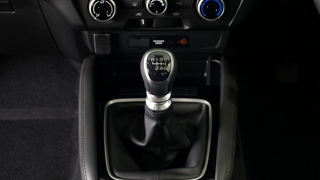 2021 Mazda BT-50 Freestyle cab Upcoming Version Interior 015