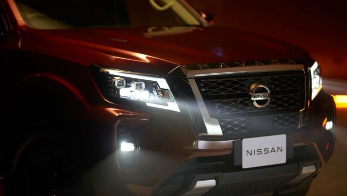 2021 2.3 Nissan Navara Double Cab 4WD VL 7AT Exterior 007
