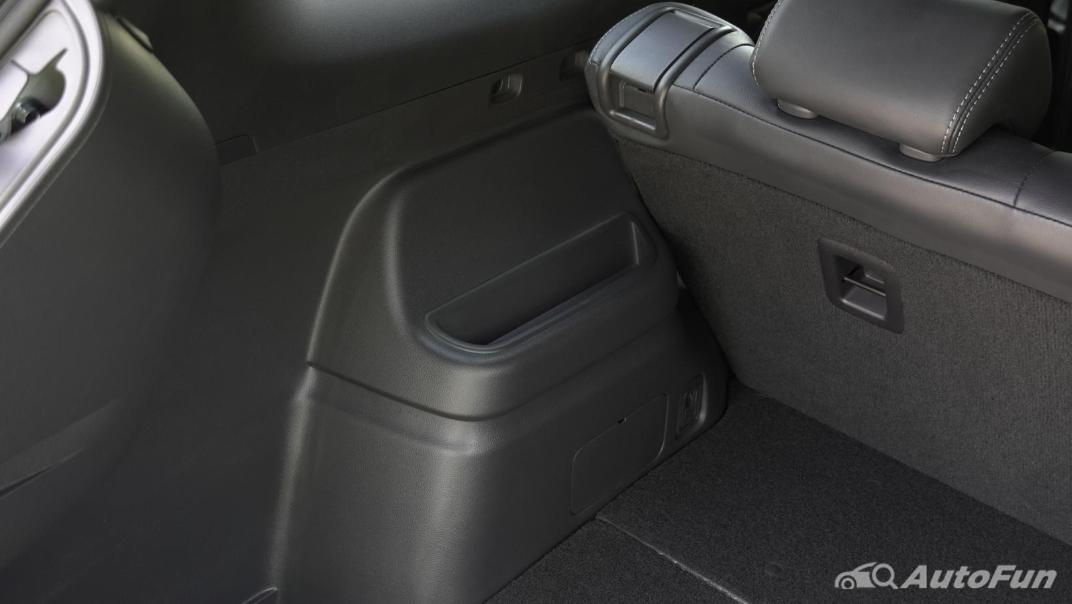 2021 Mitsubishi Outlander PHEV GT-Premium Interior 054