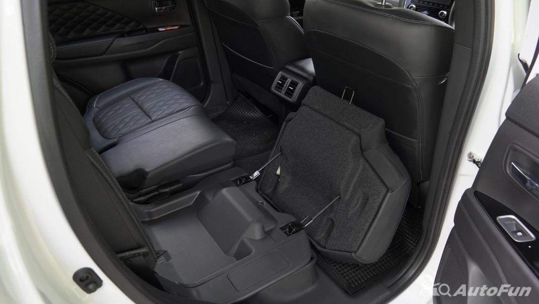 2021 Mitsubishi Outlander PHEV GT-Premium Interior 067