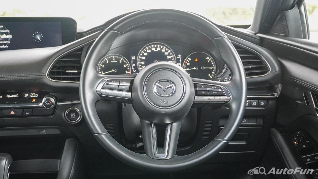 2020 Mazda 3 Fastback 2.0 SP Sports Interior 003