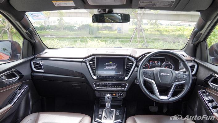 2020 Isuzu D-Max 4 Door V-Cross 3.0 Ddi M AT Interior 001