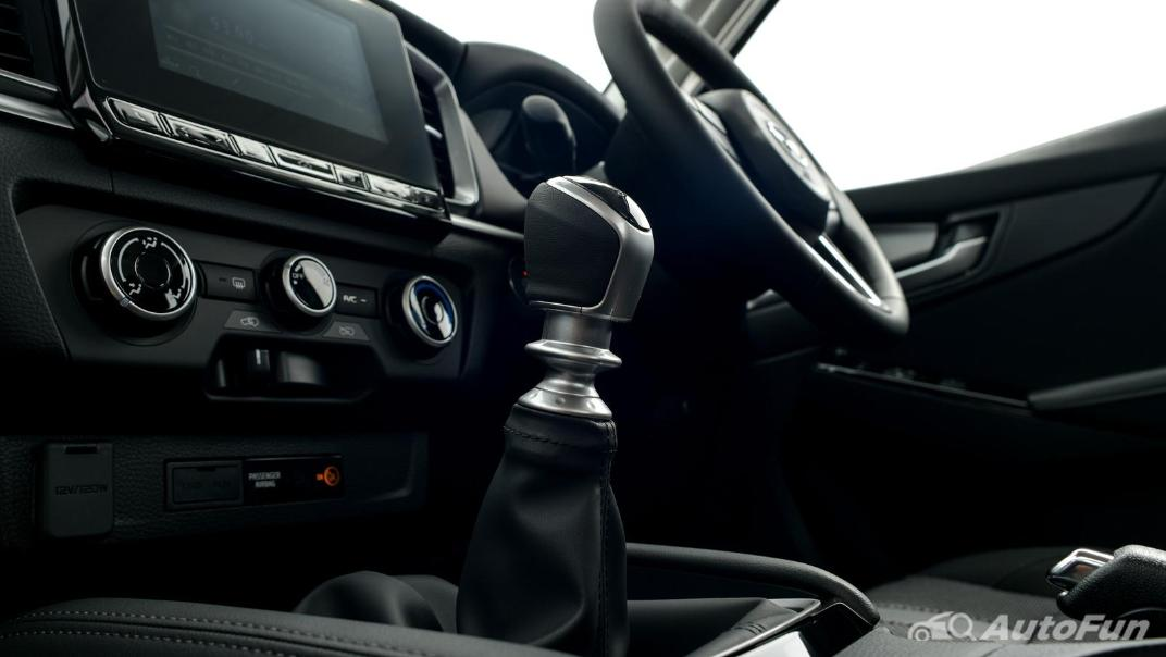 Mazda BT-50 Pro 2021 Interior 041