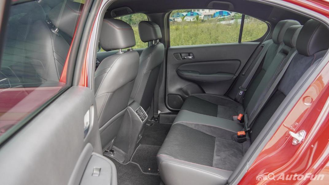 2021 Honda City e:HEV RS Interior 044