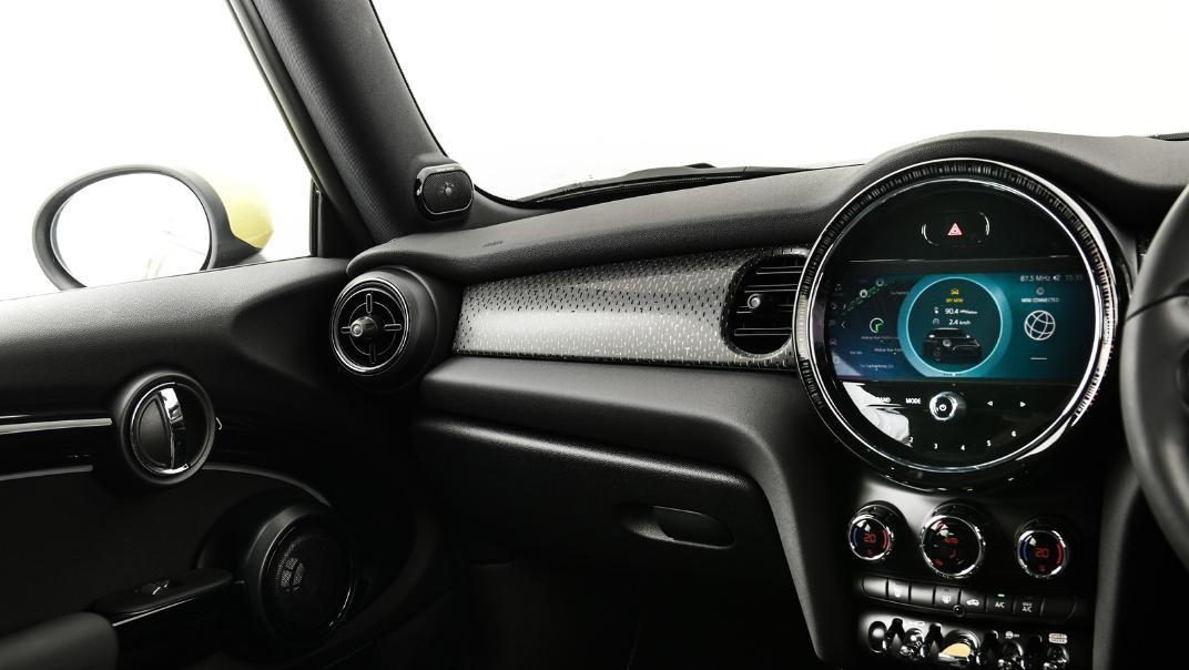 2021 Mini Cooper-Se Electric Interior 006