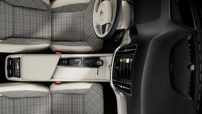 Volvo V60 2020 Interior 002
