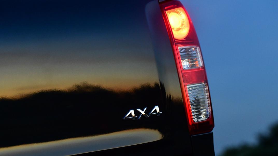 2021 Mazda BT-50 Double cab Upcoming Version Exterior 011
