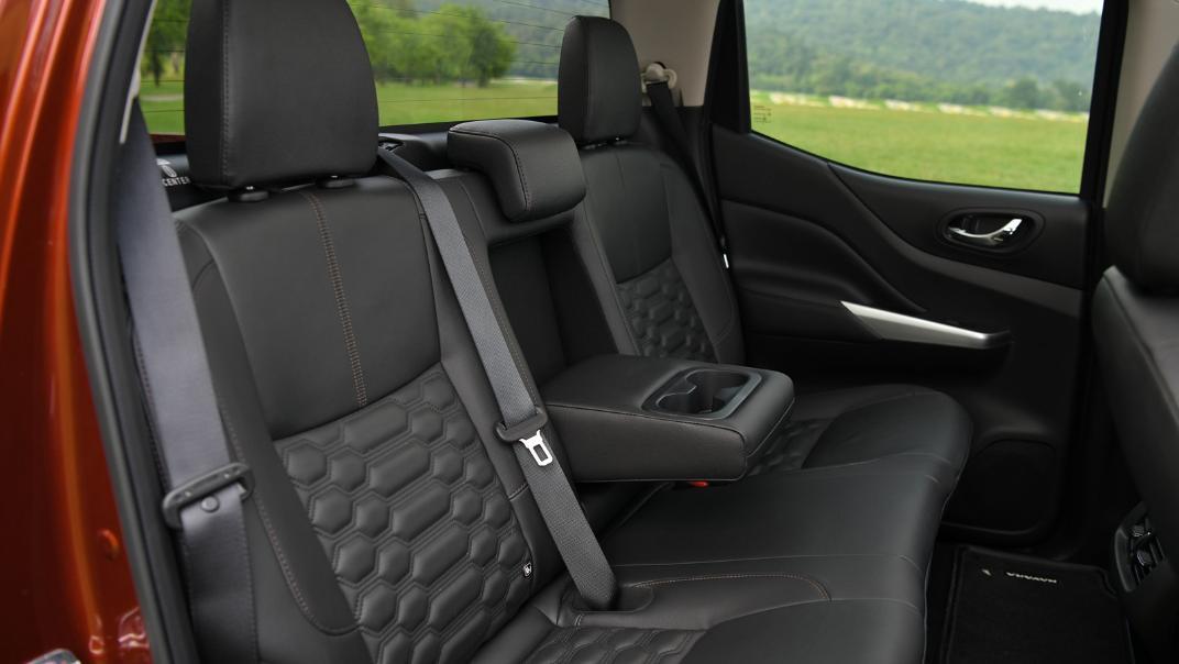2021 Nissan Navara Double Cab 2.3 4WD VL 7AT Interior 082