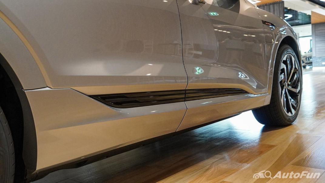 2020 Audi E Tron Sportback 55 quattro S line Exterior 036