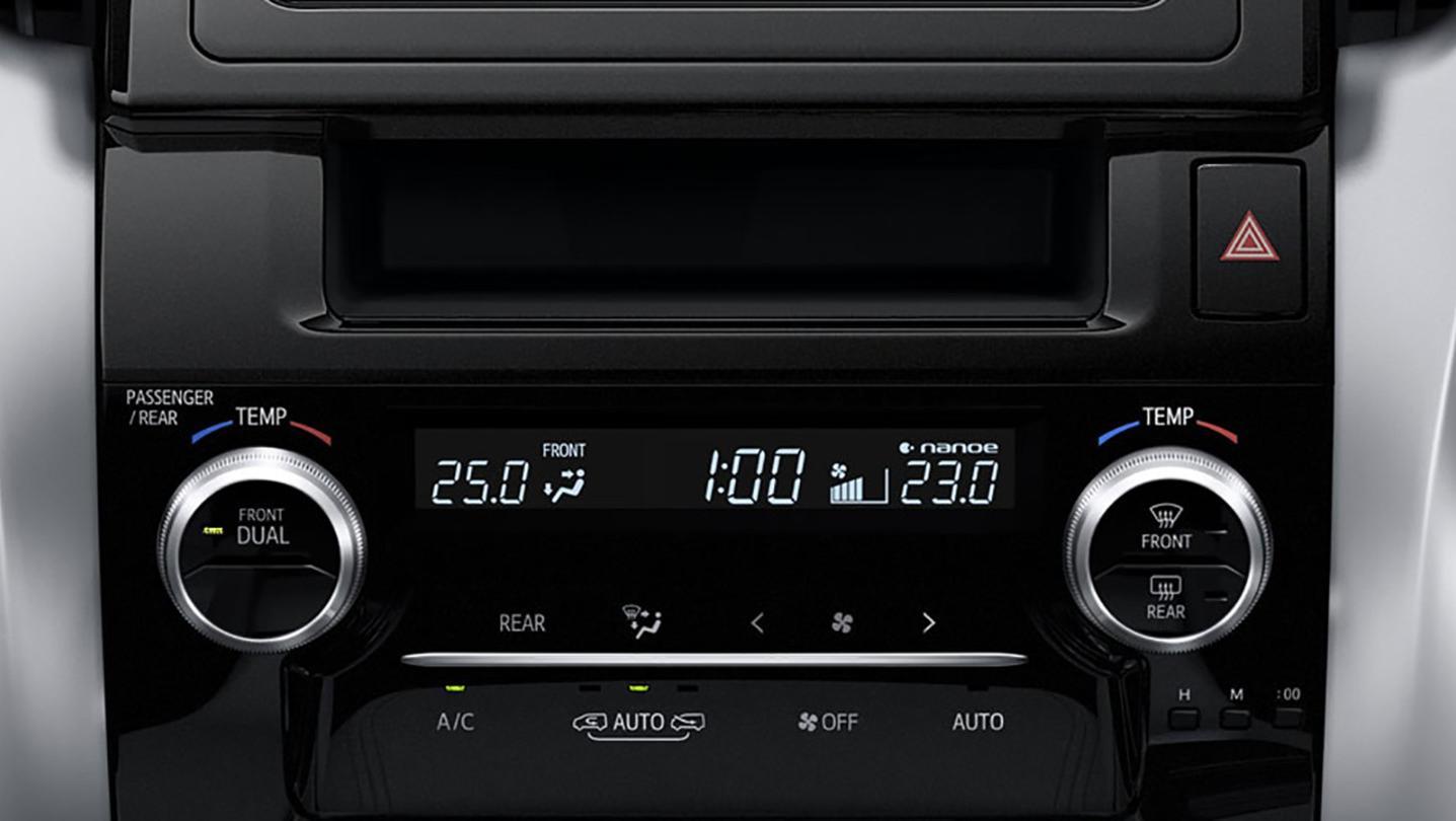 Toyota Alphard 2020 Interior 006