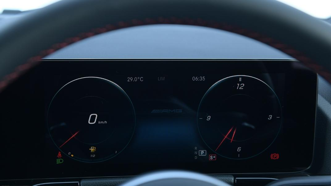 2021 Mercedes-Benz GLA-Class 35 AMG 4MATIC Interior 016