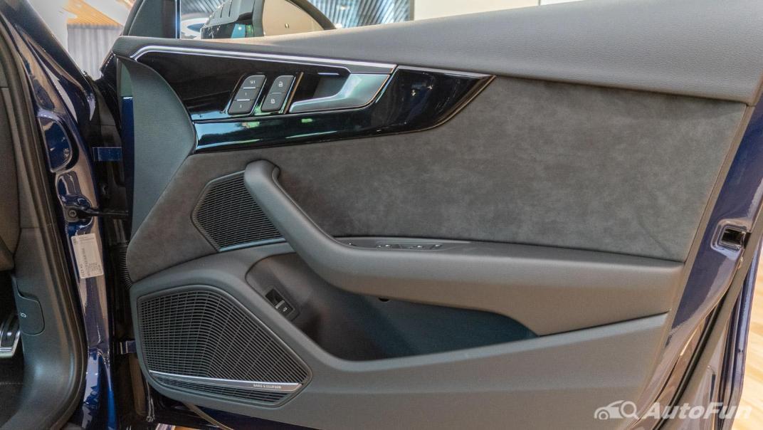 2020 Audi A4 Avant 2.0 45 TFSI Quattro S Line Black Edition Interior 105