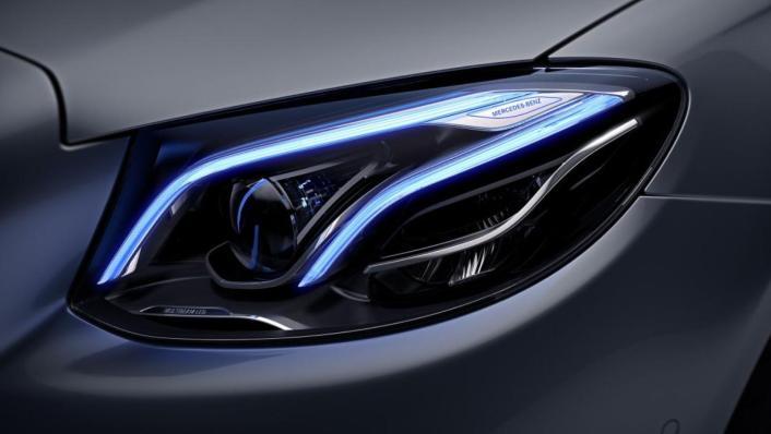 Mercedes-Benz E-Class Saloon 2020 Exterior 005