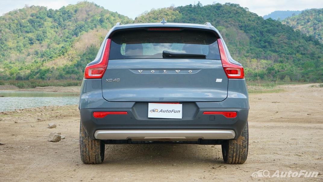2020 Volvo XC 40 2.0 R-Design Exterior 006
