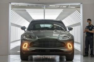2020 Aston Martin DBX เริ่มส่งมอบรถแล้ว ความหวังของหมู่บ้านที่จะช่วยทำกำไร แต่มาช้าเกินไปหรือไม่
