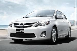 Toyota Corolla Altis เจน 10 หน้าแบน เครื่องไหนน่าใช้ แค่ 1.6 หรือไป 1.8 ดี?