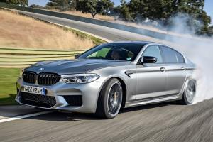 ระบบขับเคลื่อนล้อหน้าแพร่หลายในรถรุ่นเล็ก ทำไม BMW ถึงใช้ระบบขับเคลื่อนล้อหลัง