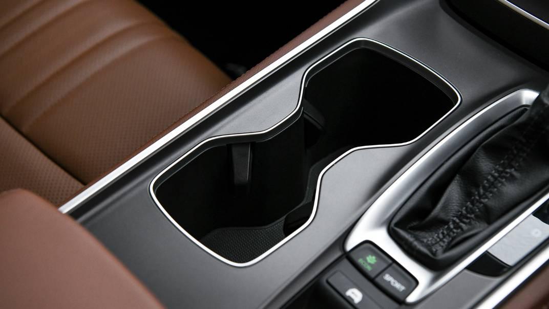 2021 Honda Accord 2.0L e:HEV EL+ Interior 040