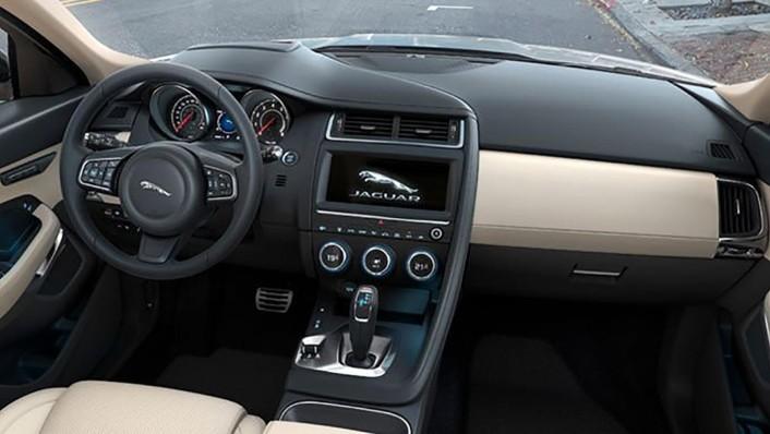 Jaguar E-Pace 2020 Interior 005