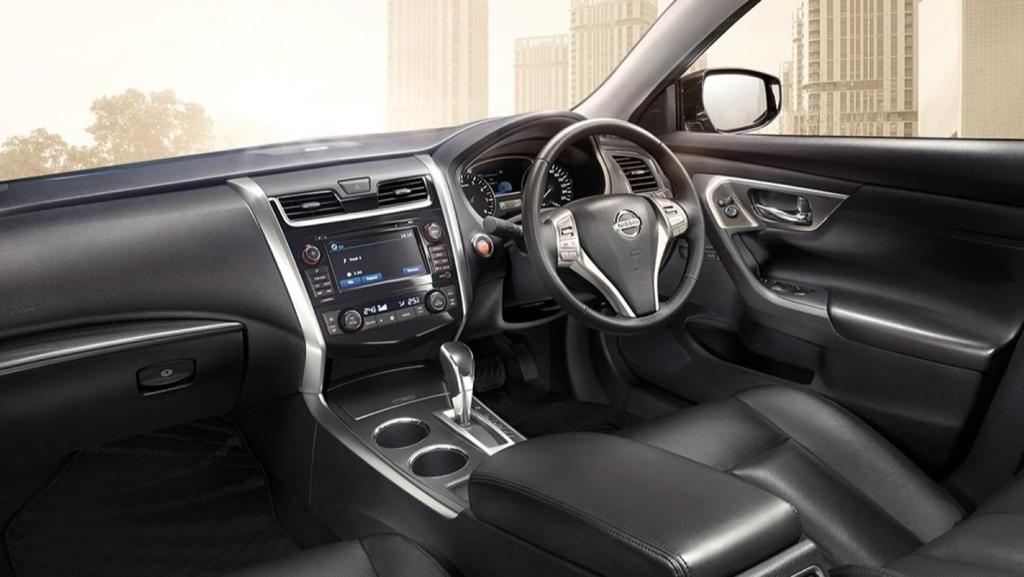 Nissan Teana Public 2020 Interior 001