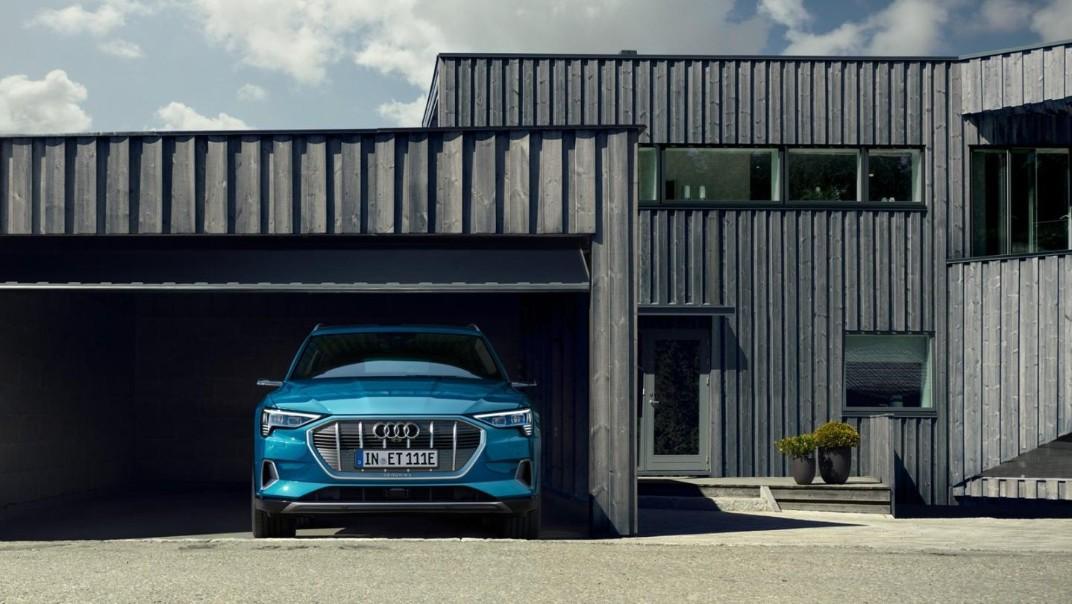 Audi E Tron 2020 Exterior 021