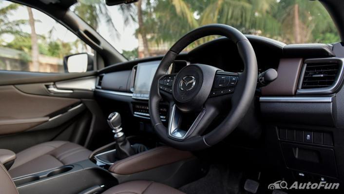 2021 Mazda BT-50 Pro Double Cab 1.9 SP Hi-Racer Interior 003