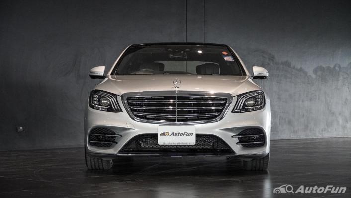 Mercedes-Benz S-Class S 560 e AMG Premium Exterior 002
