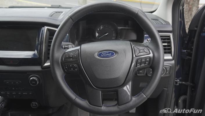 2021 Ford Everest 2.0L Turbo Titanium 4x2 10AT - SPORT Interior 004