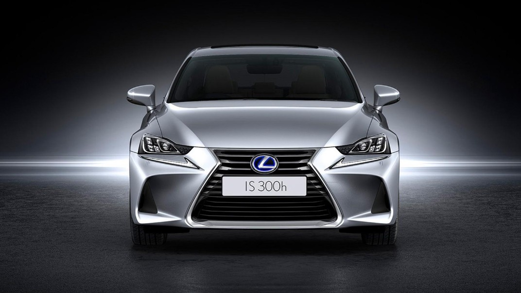 Lexus IS 2020 Exterior 021