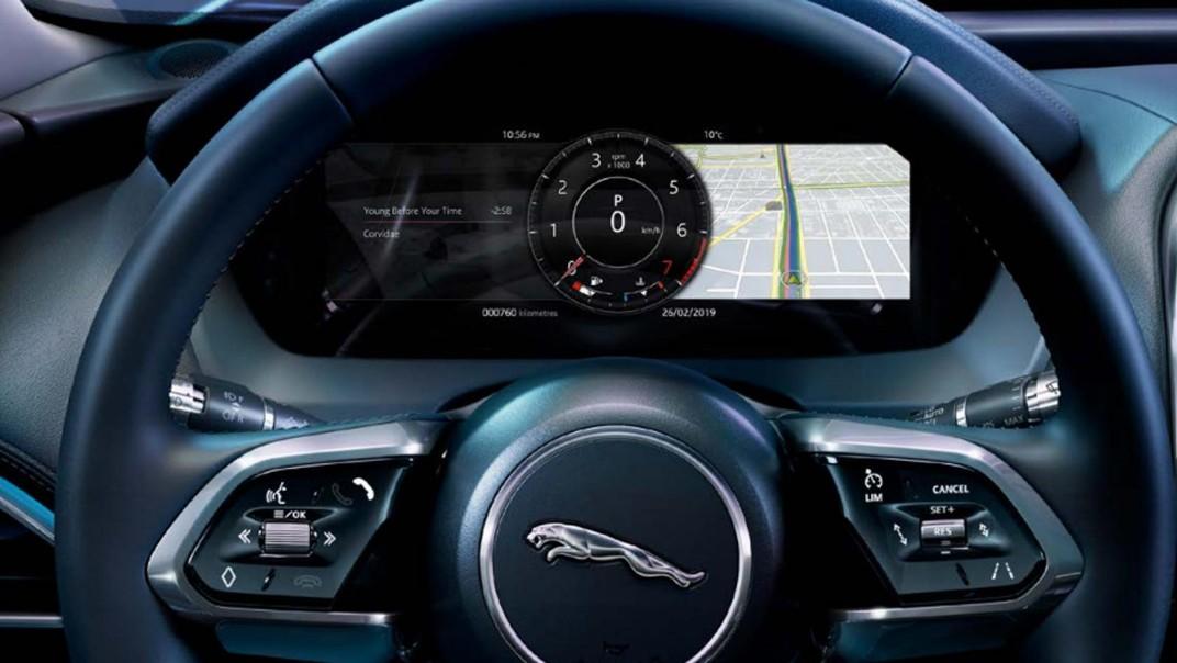 Jaguar XE Public 2020 Interior 004