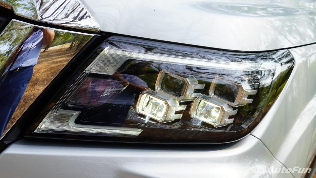 2021 Nissan Navara Double Cab 2.3 4WD VL 7AT Exterior 030