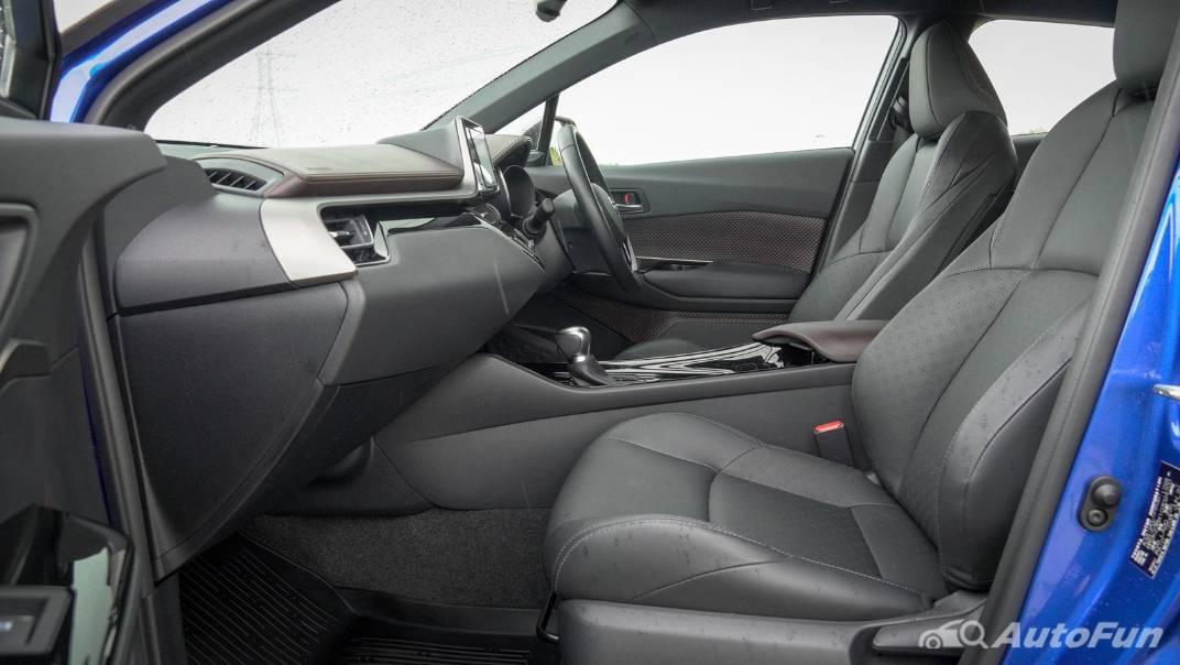 2021 Toyota C-HR Hybrid Premium Safety Interior 051