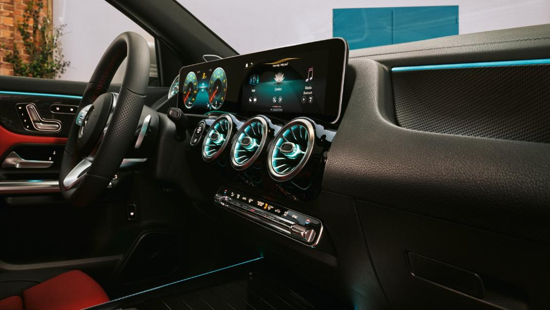 2021 Mercedes-Benz GLA-Class 200 AMG Dynamic Interior 032